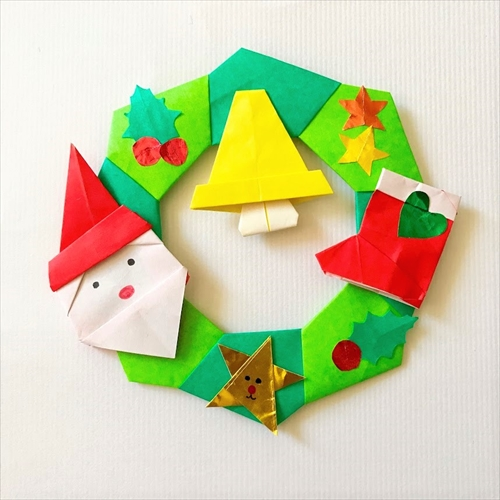 クリスマスリース折り紙完成!